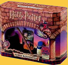 Harry Potter Spells and Potions Hogwarts Class Kit
